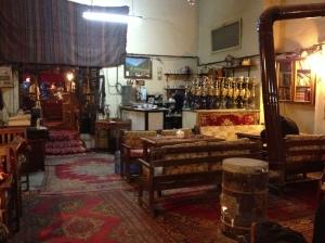 Povestile lui Pamuk le-am gasit aici